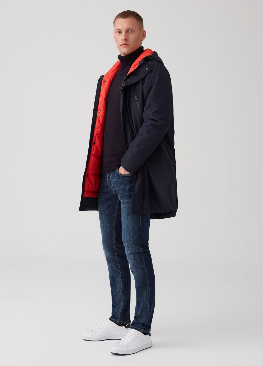 Jacket with contrasting lining and zip