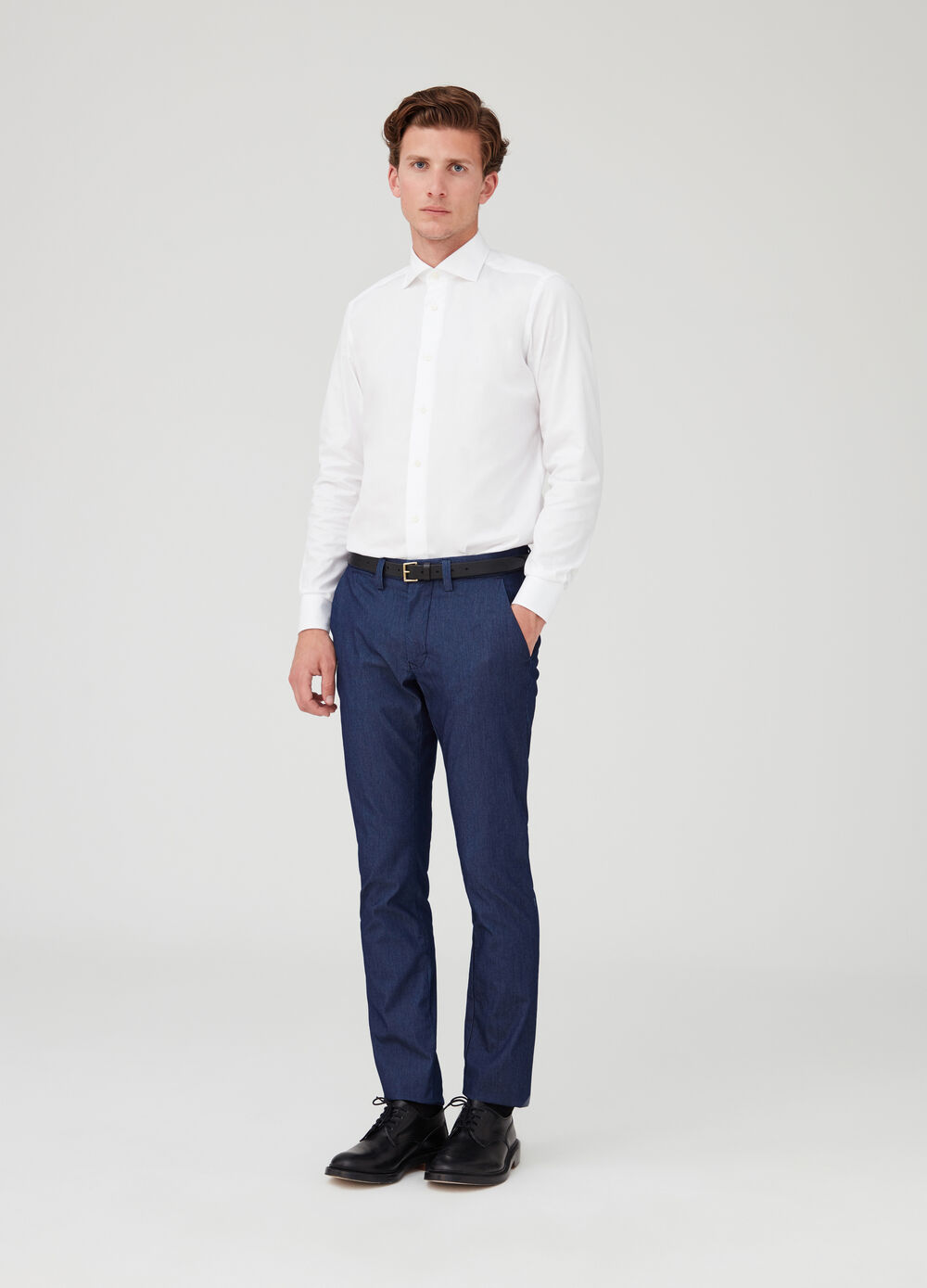 Slim-fit stretch chino trousers with pockets