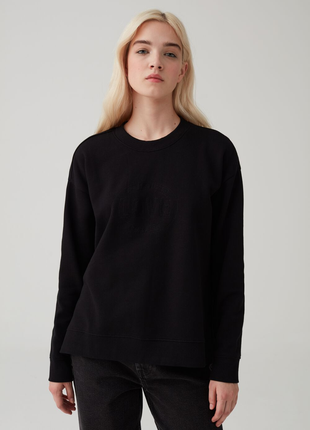 Stretch 100% organic cotton sweatshirt with embroidery