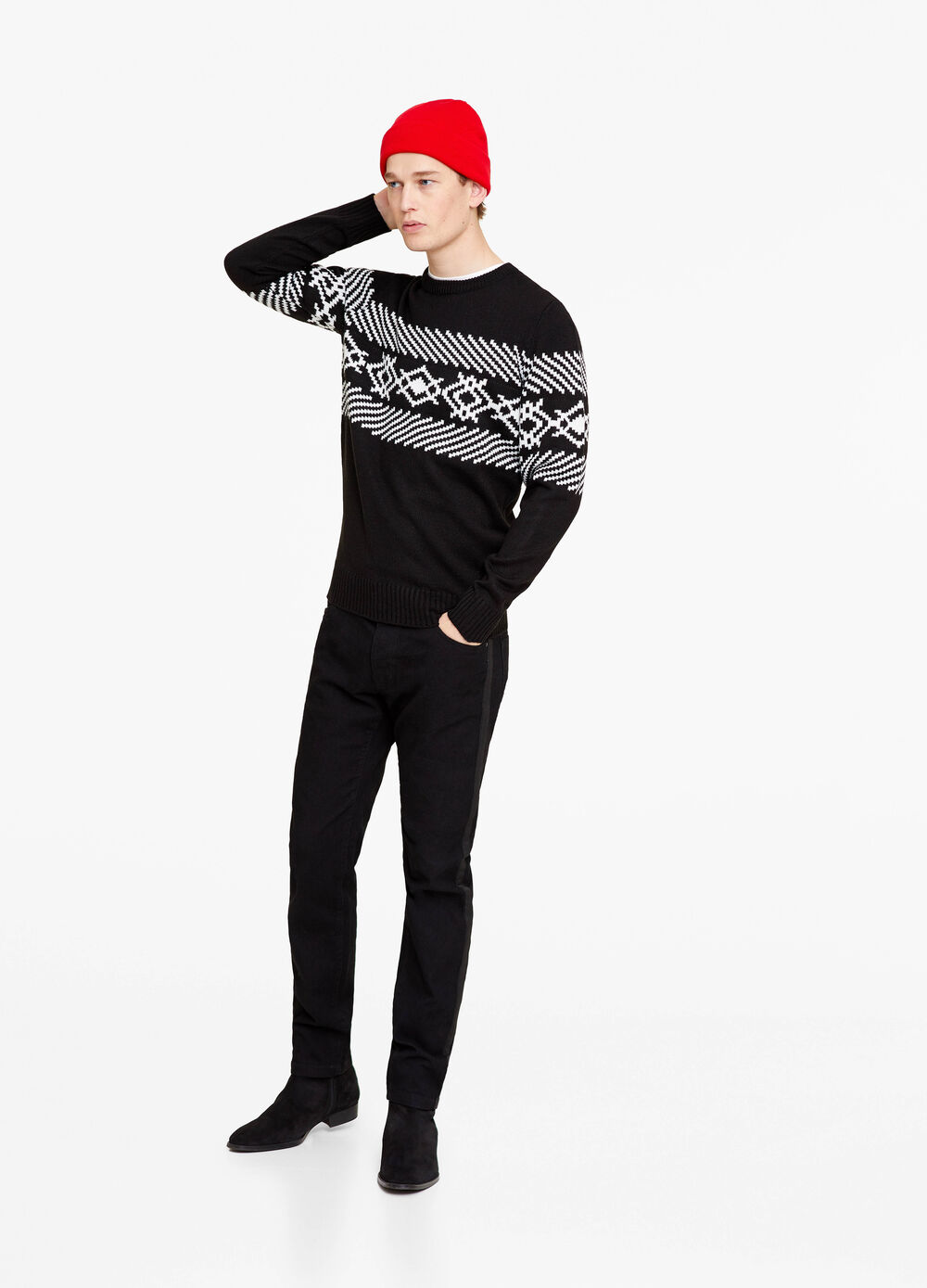 Pullover with geometric print