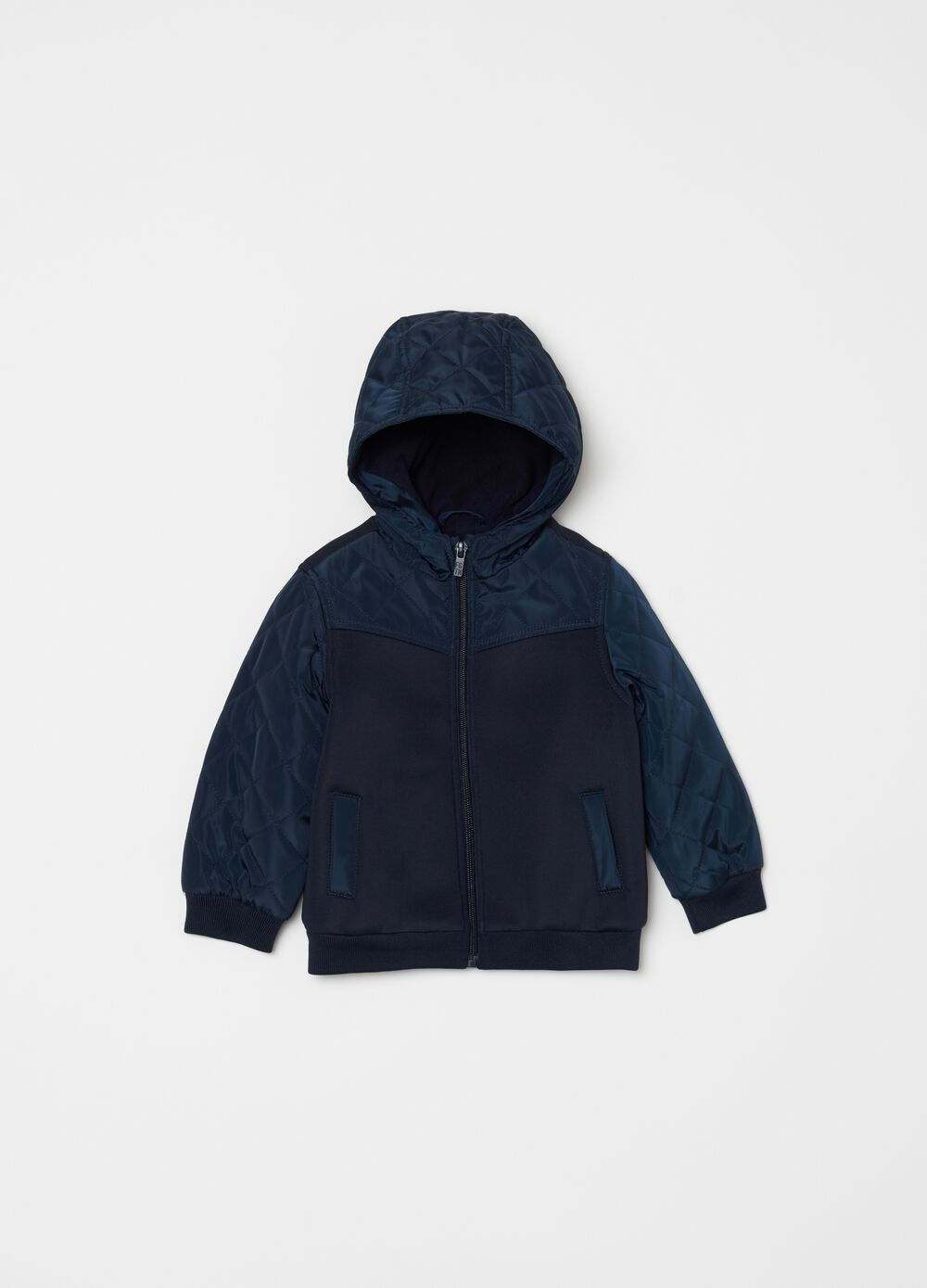 Quilted jacket with pockets and hood