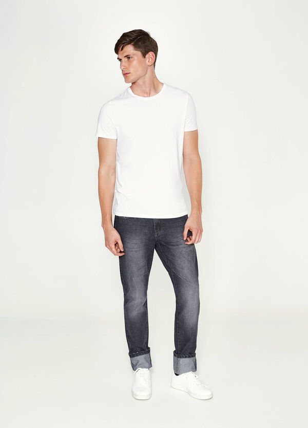 Straight-fit worn-effect jeans with turn-ups