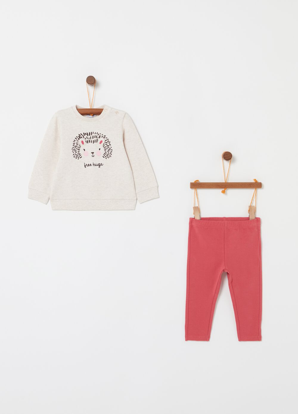Top and trousers jogging set with hedgehog