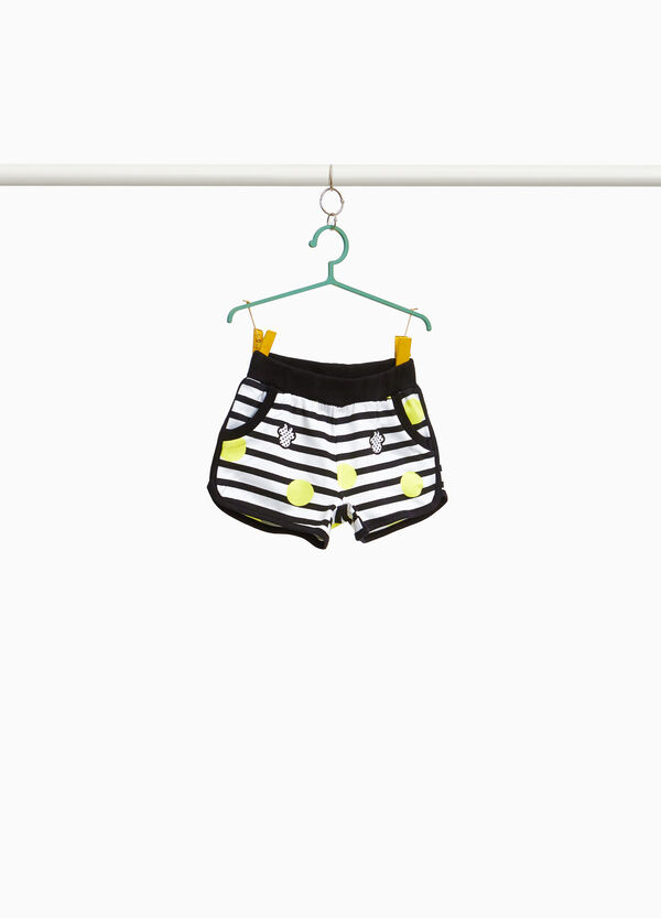 100% cotton shorts with Minnie Mouse pattern