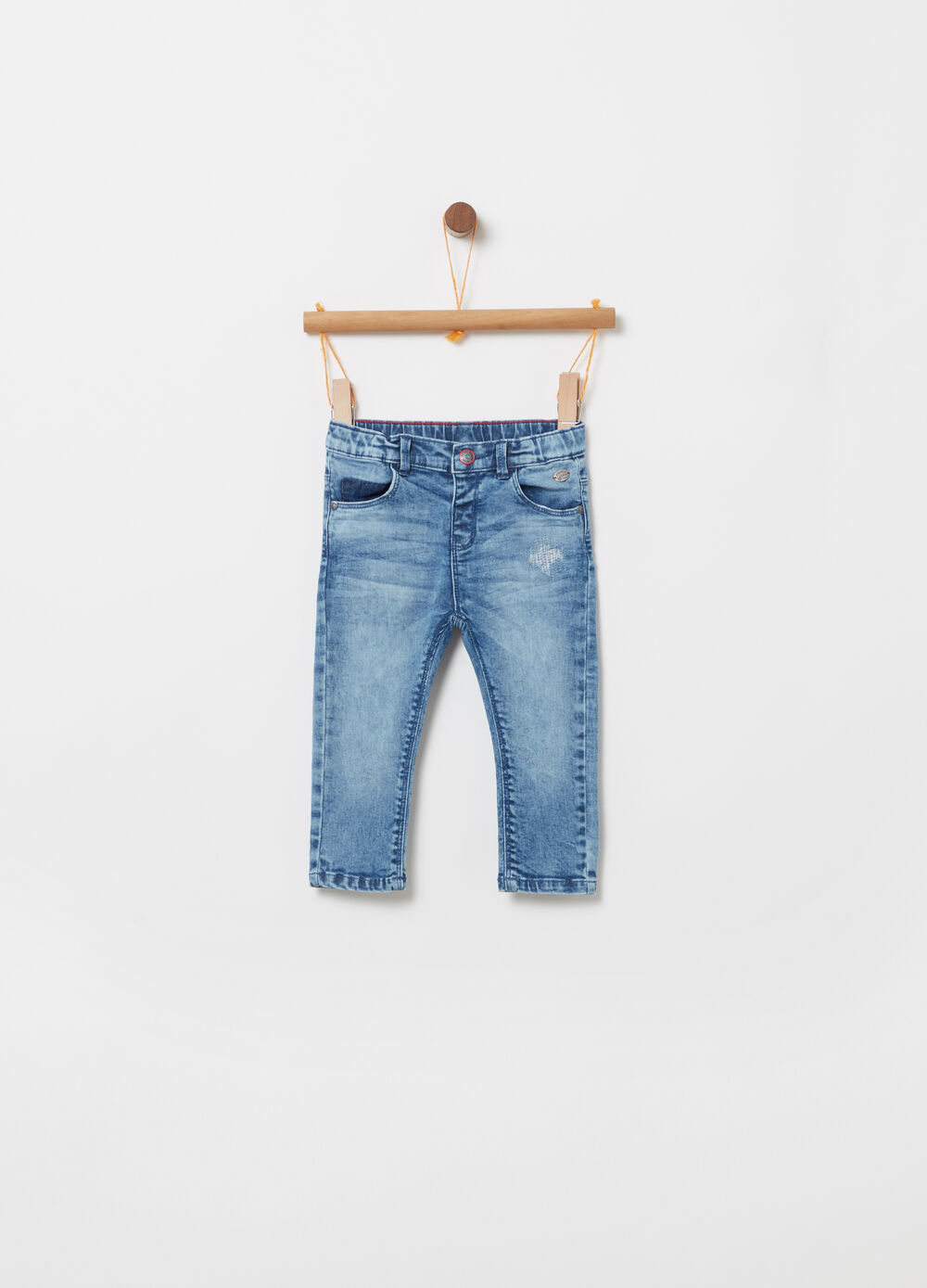 Regular-fit denim shorts with pockets