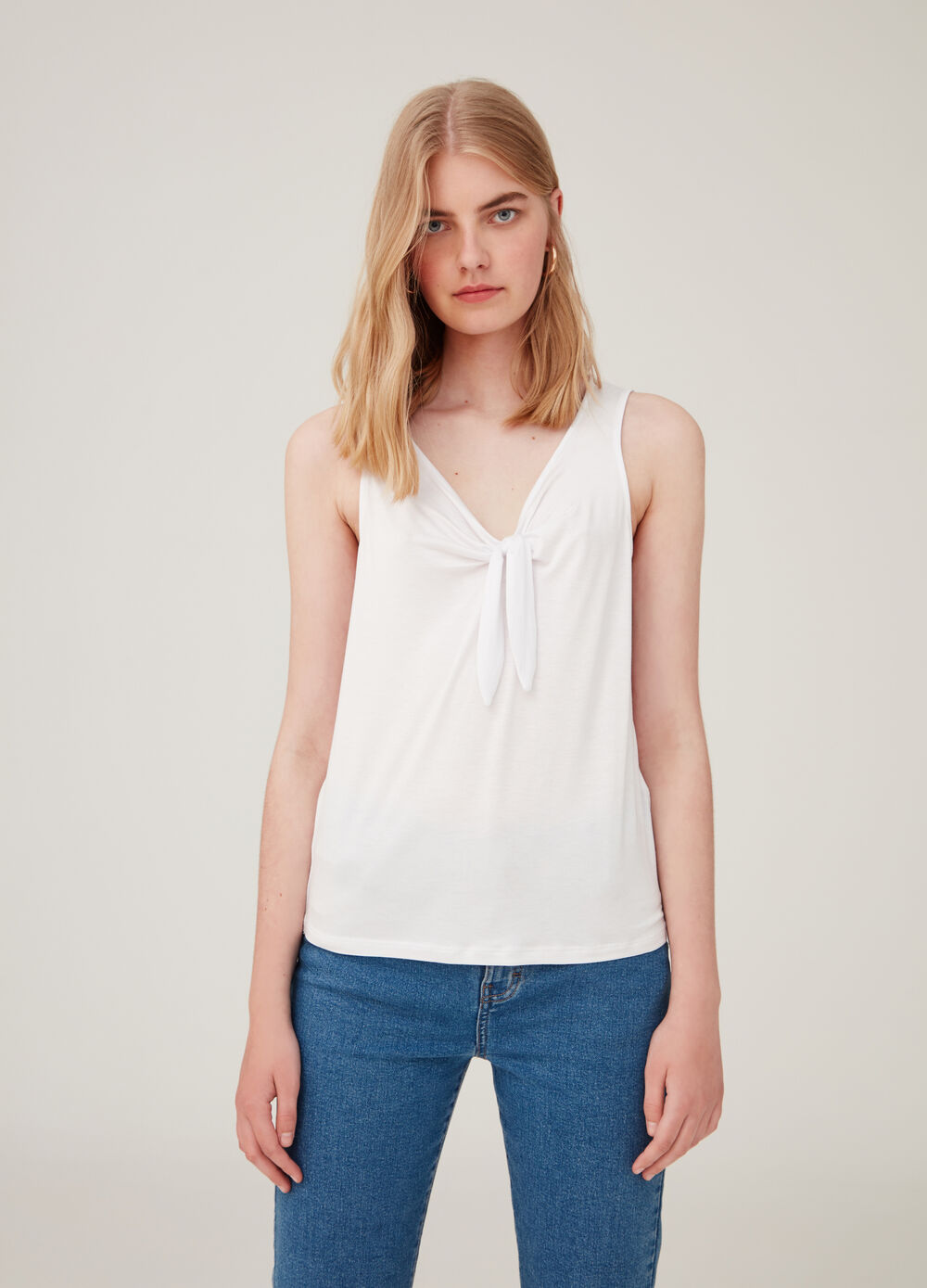 ***Tank top stretch with V neck and knot