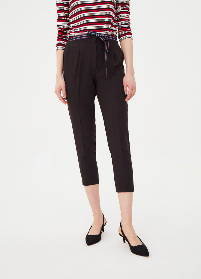 Carrot-fit stretch chino trousers