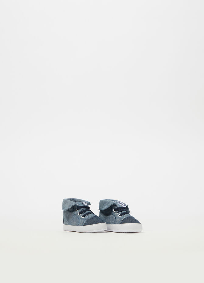 Denim-effect baby shoes
