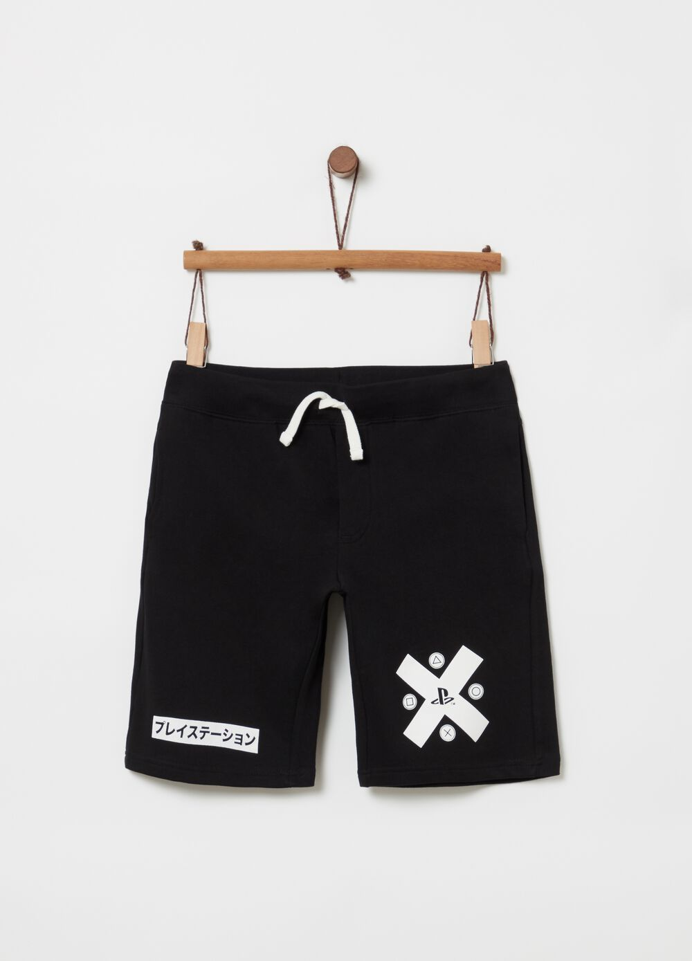 Shorts in 100% cotton with Playstation print