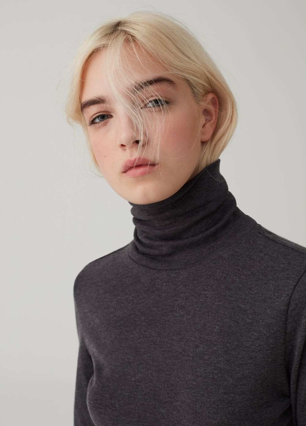 Turtleneck jumper with long sleeves