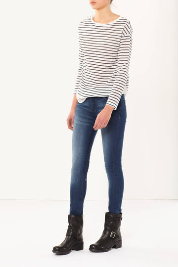 Skinny fit, enzyme-washed jeans
