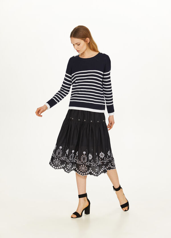 Floral cotton skirt with embroidery