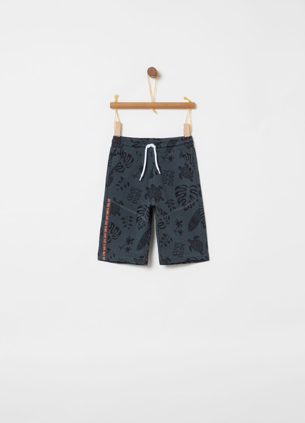 Shorts con coulisse tasche e stampa