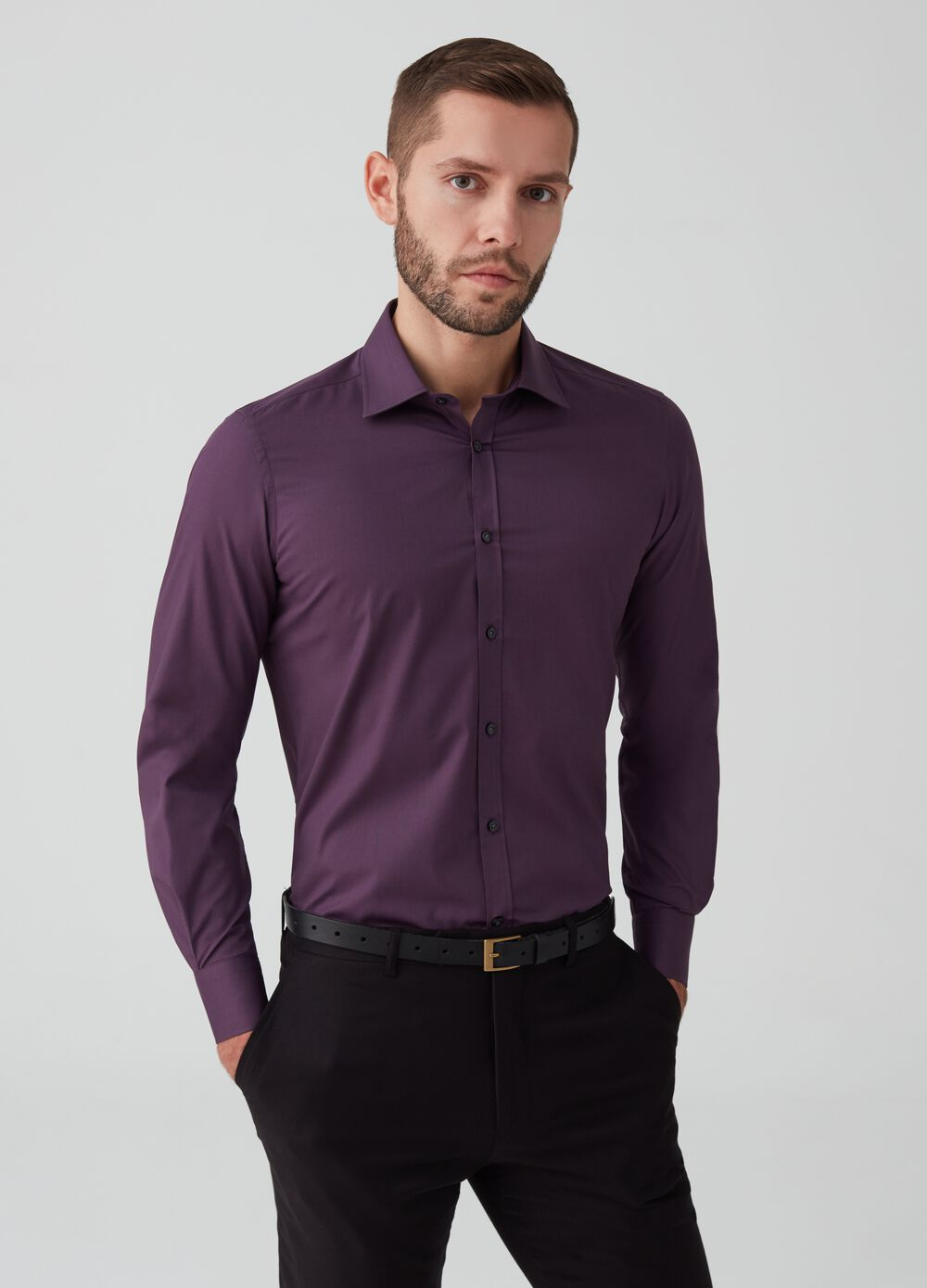 Slim-fit shirt with button-down collar and pocket