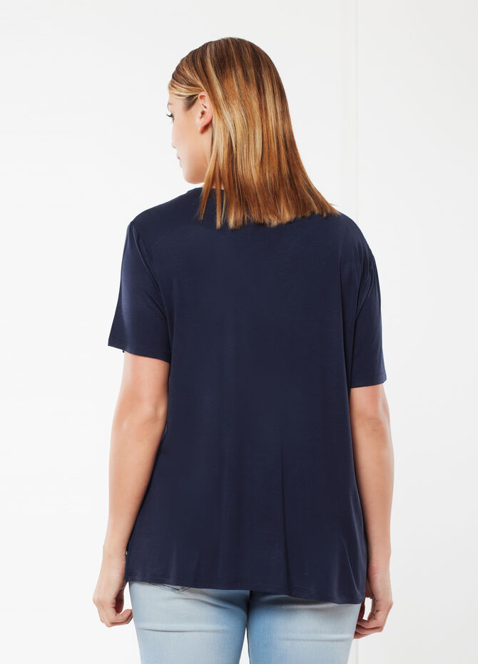 Curvy T-shirt with sequins