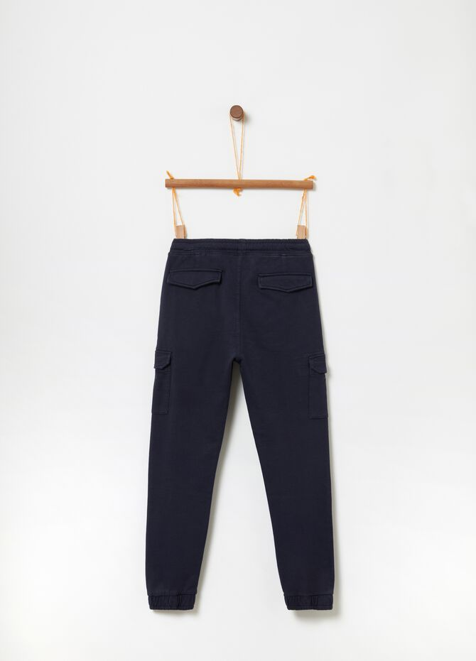 Cargo trousers in 100% cotton with drawstring