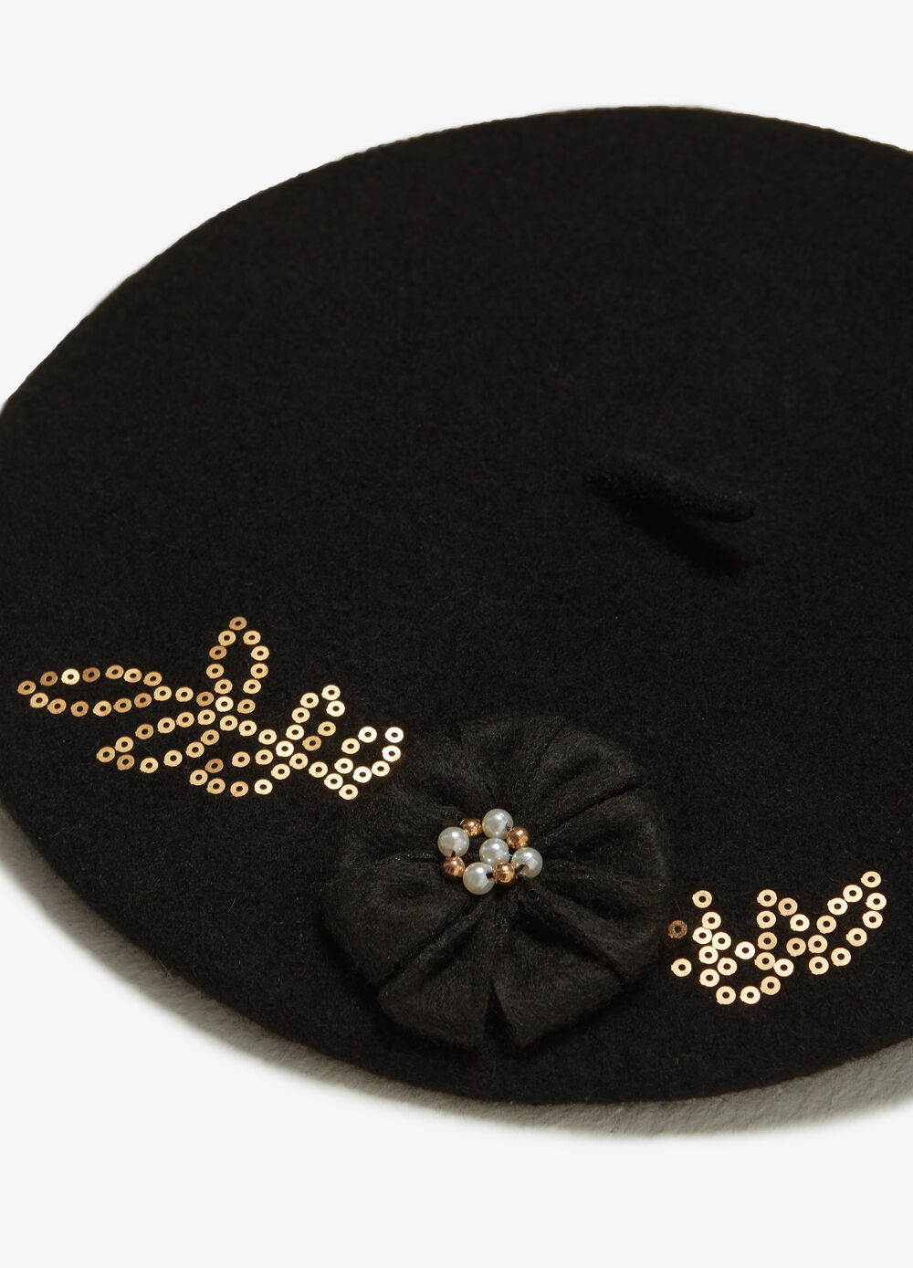 Wool beret with sequins