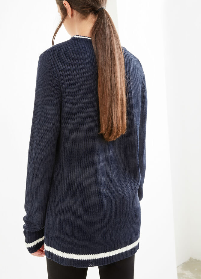 Embroidered knitted pullover