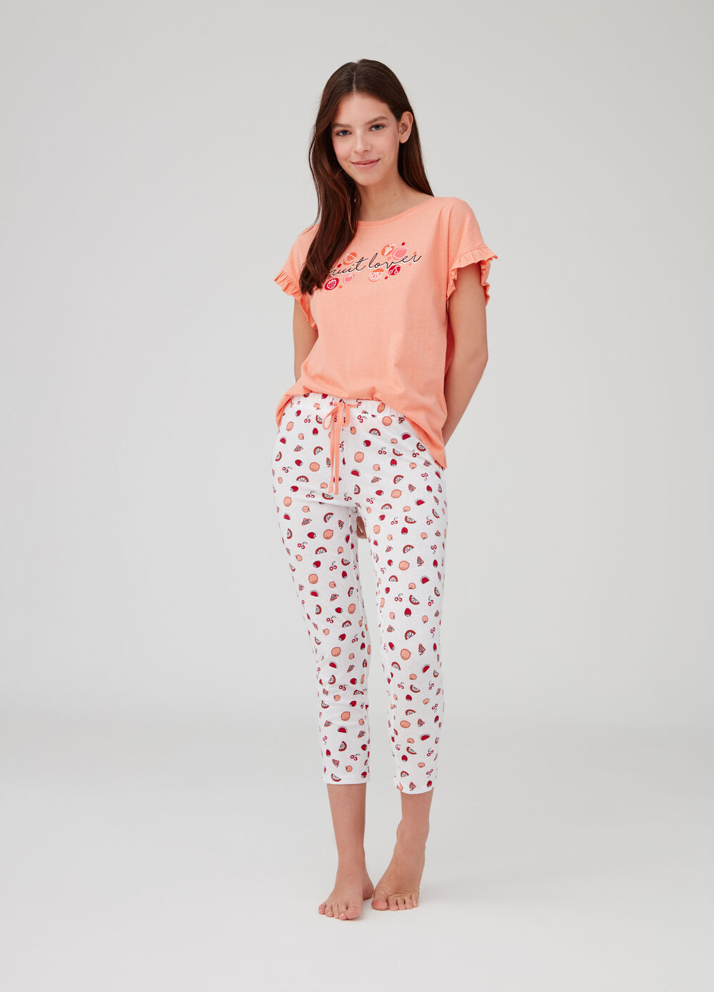 Pyjamas top and trousers with fruit print