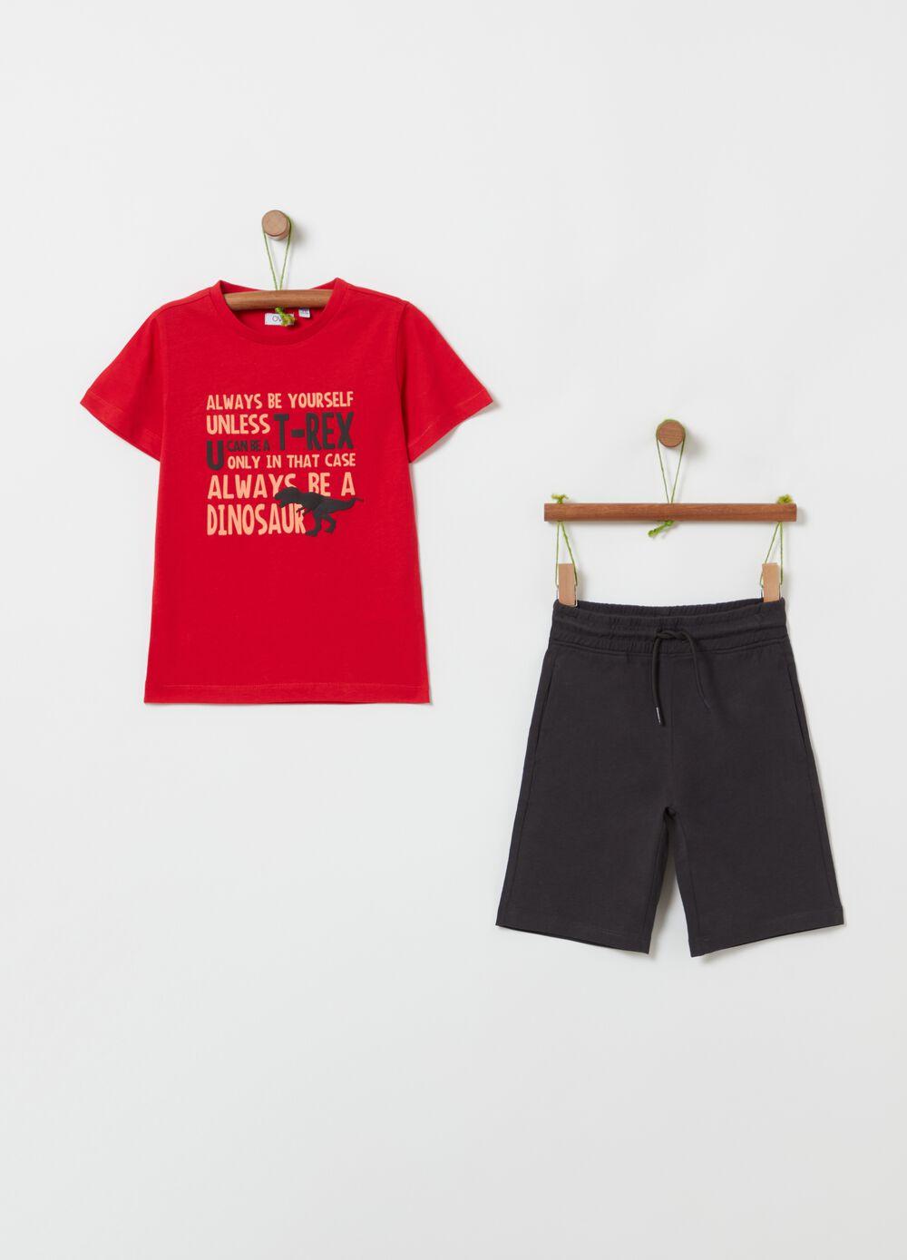 Jogging set with T-shirt and Bermuda shorts with print