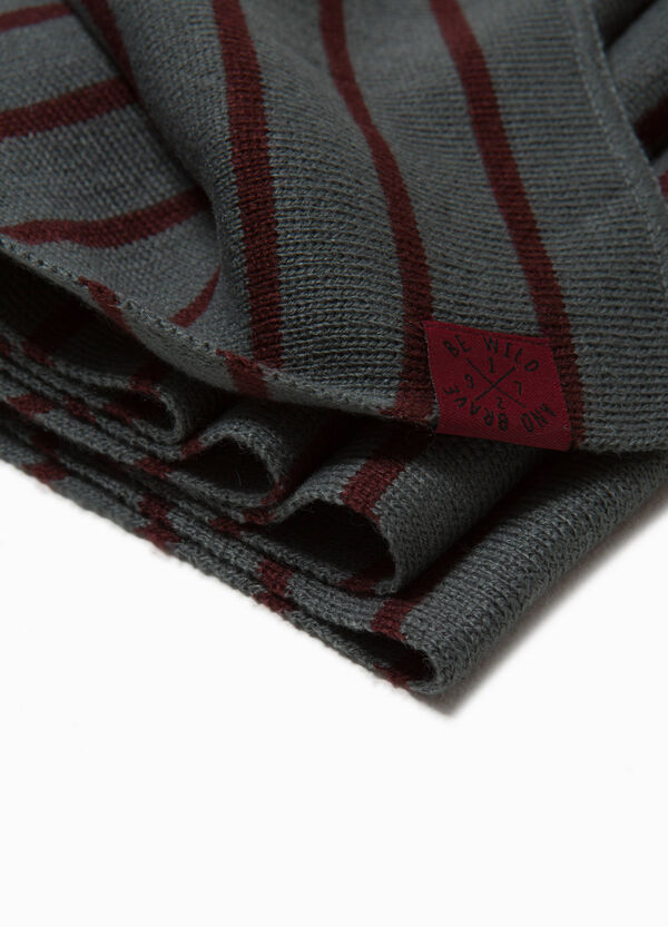 Knitted striped scarf with patch   OVS