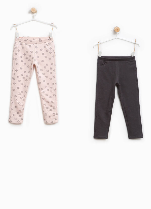 Two-pair pack solid colour and polka dot patterned trousers | OVS