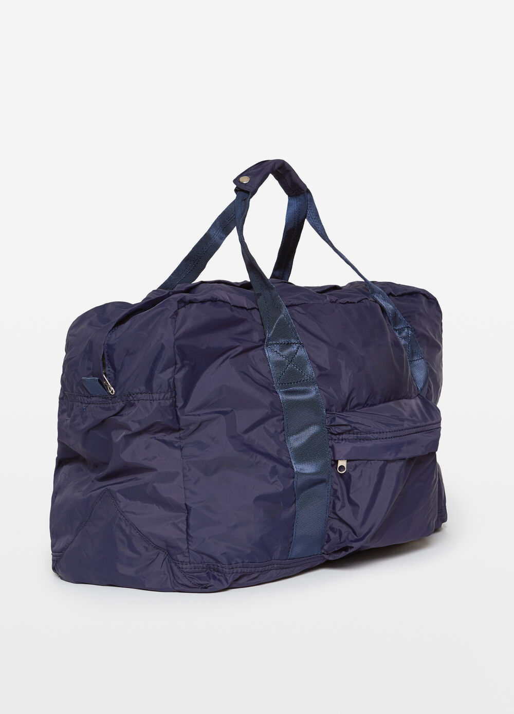 Solid colour bag with zip fastening