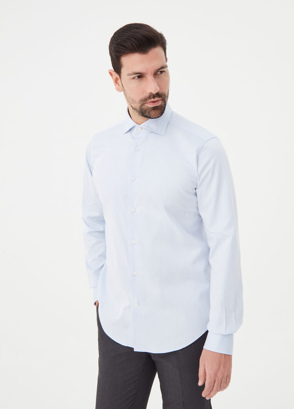 Slim-fit shirt with hexagonal cuffs