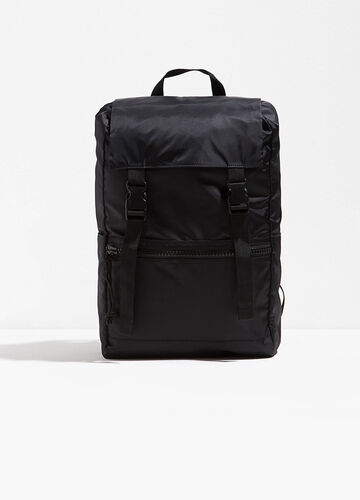 Solid colour backpack with flap