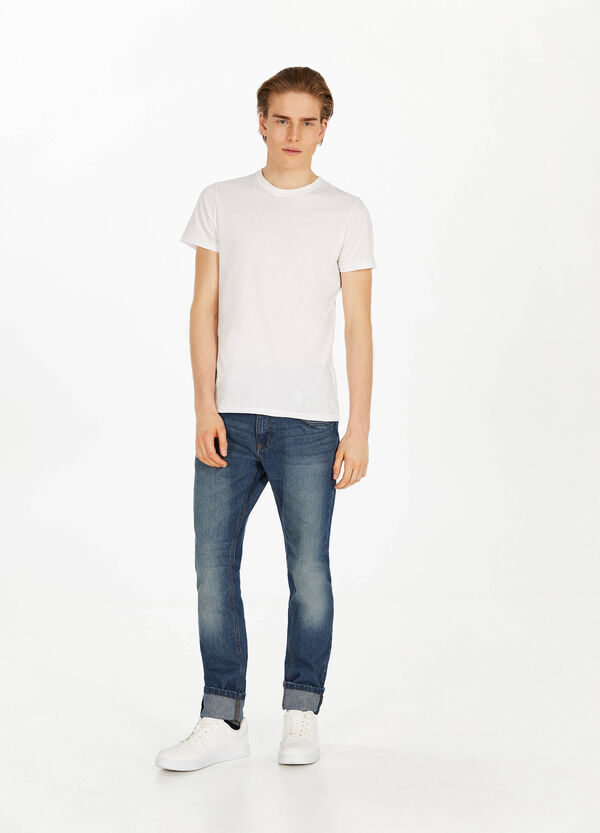 Worn-effect slim-fit jeans with whiskering