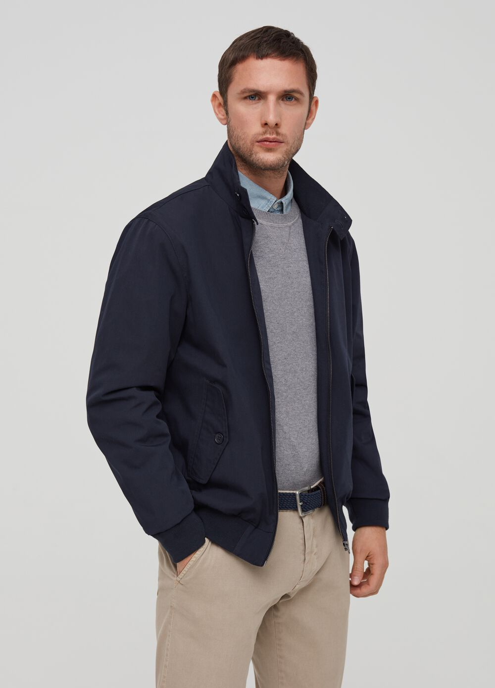 Jacket with high neck with zip