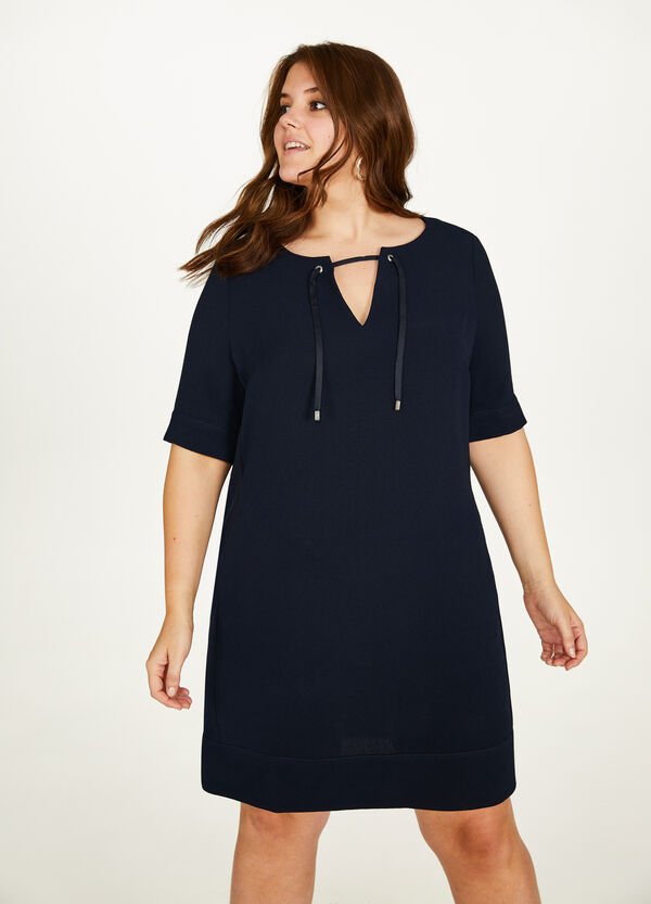 Curvy stretch dress with opening