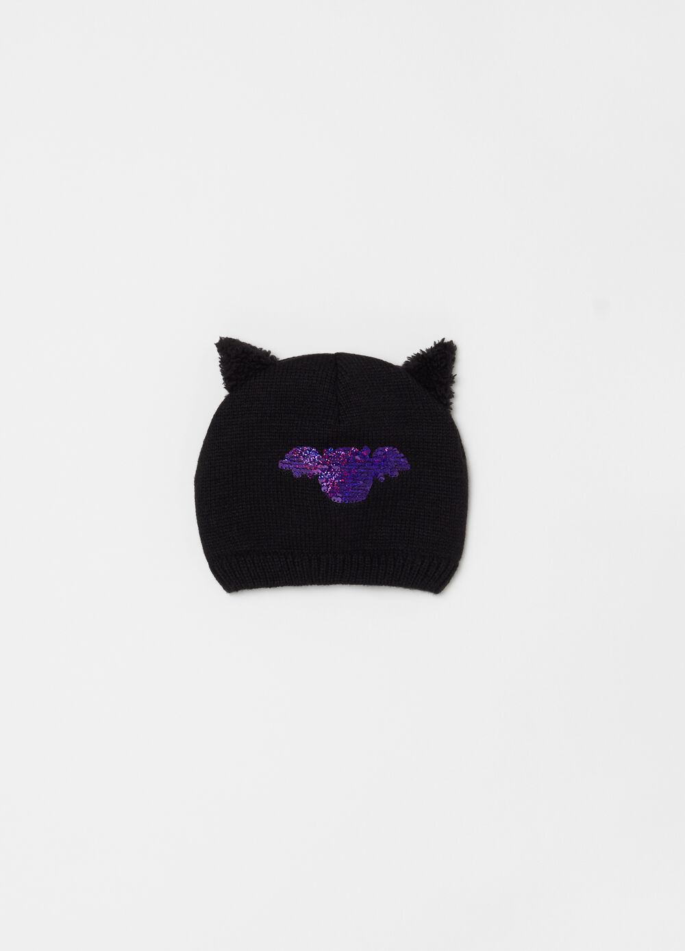 Knitted hat with bat embroidery