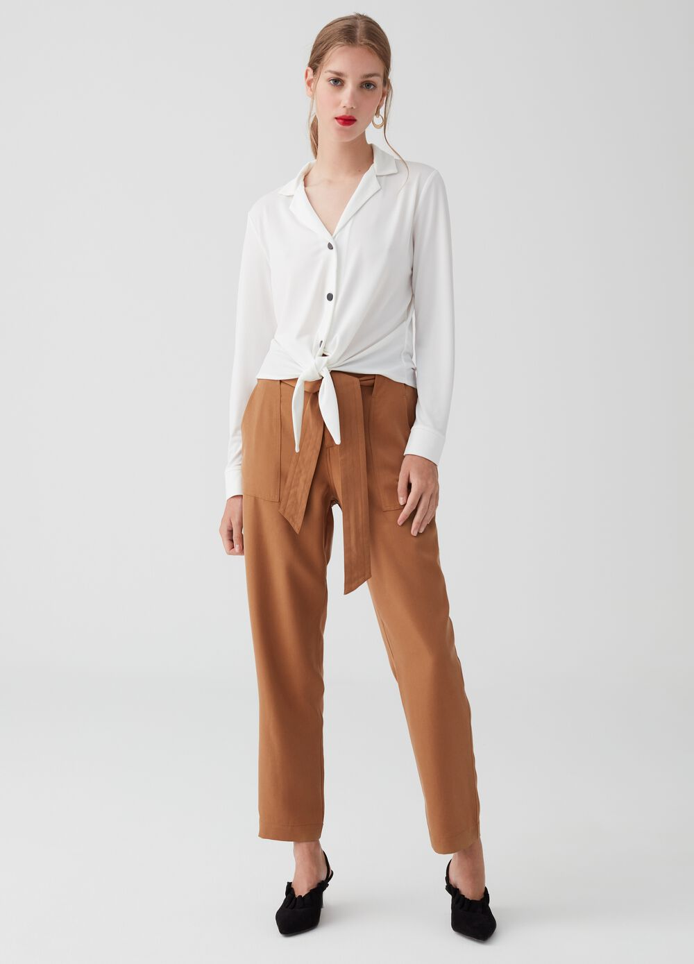 Trousers in 100% lyocell with knotted belt