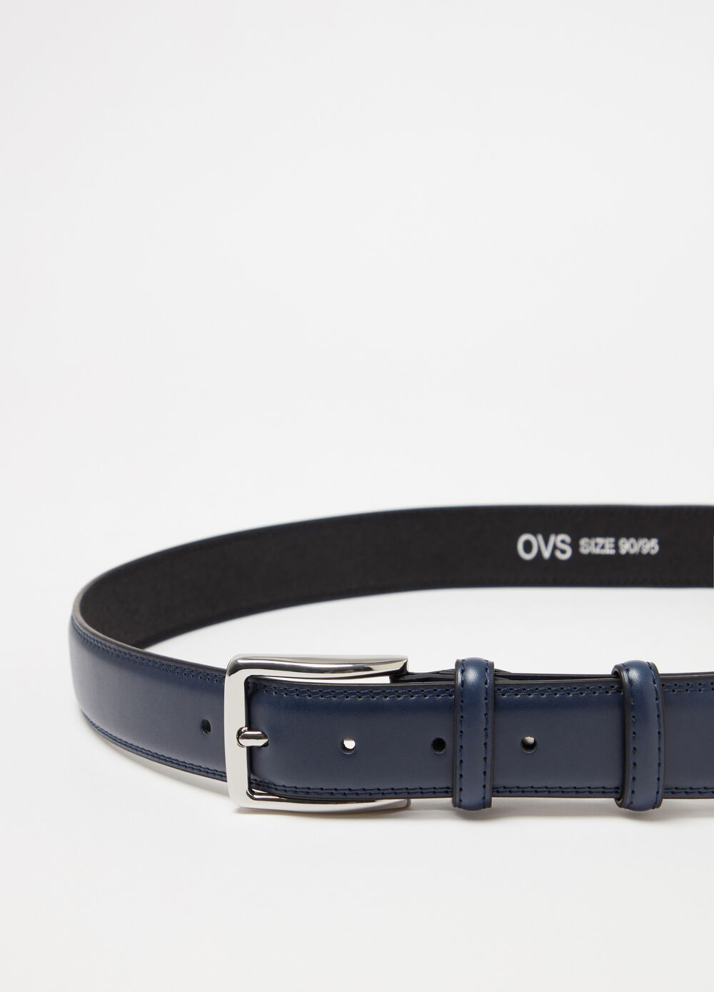 Solid colour leather look belt