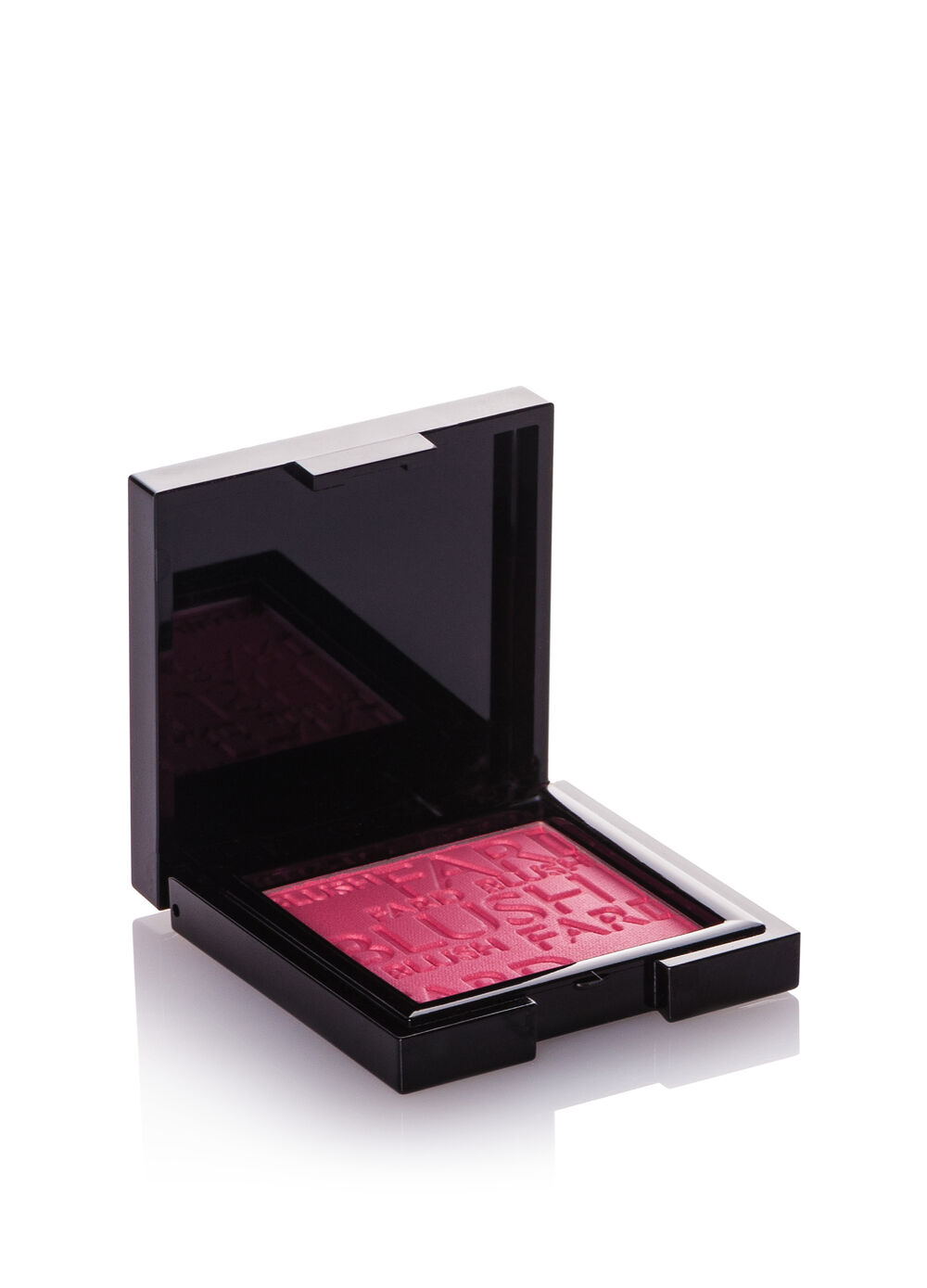 Compact blusher with light texture