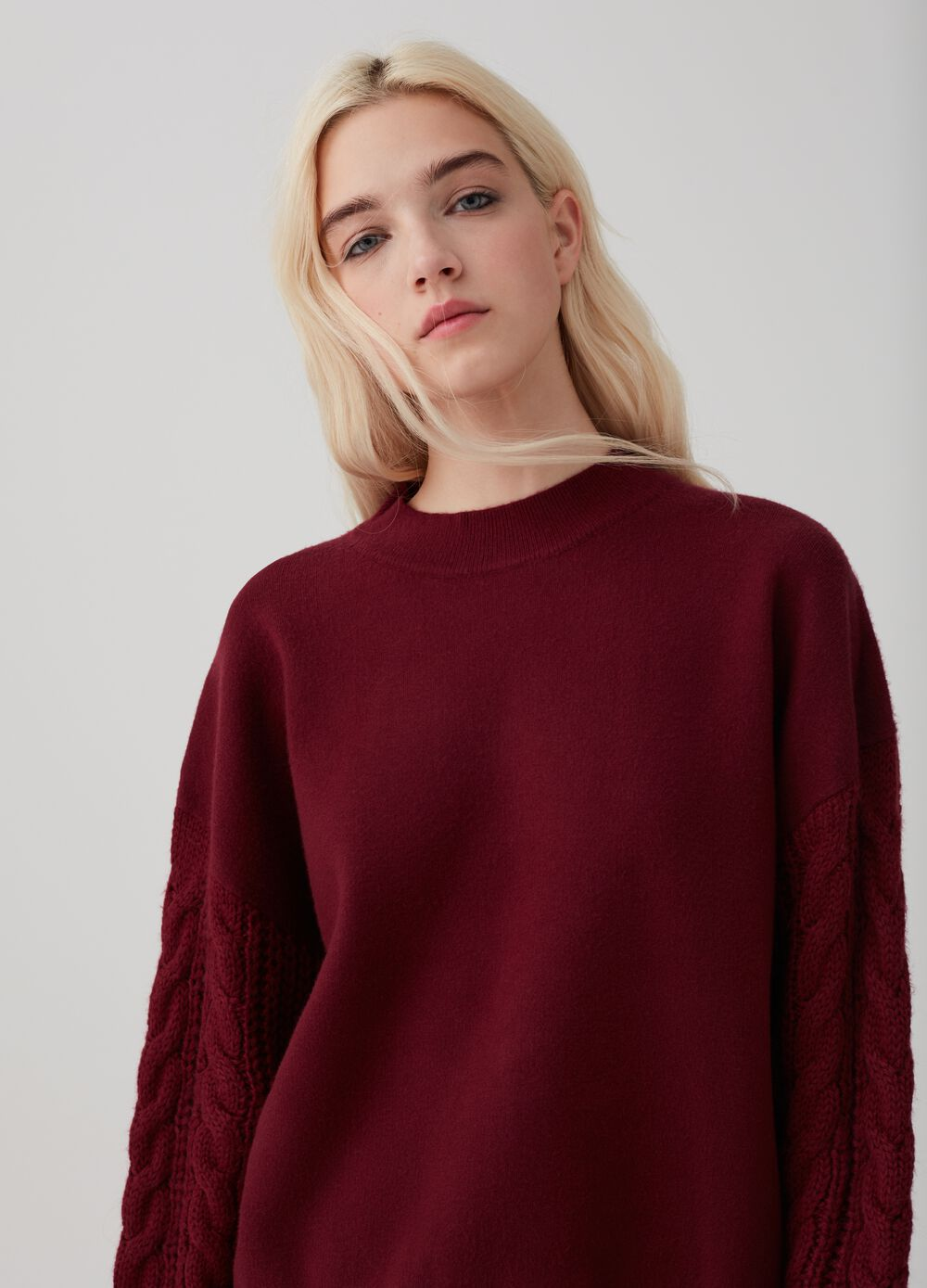 Knit pullover in viscose blend