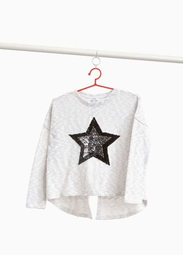 Cotton blend pullover with patch