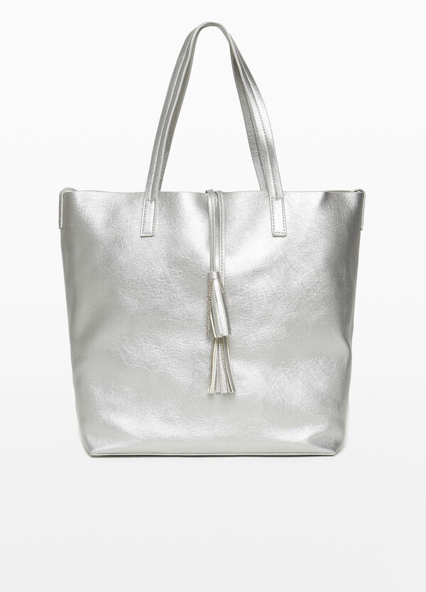 Shopping bag with tassels