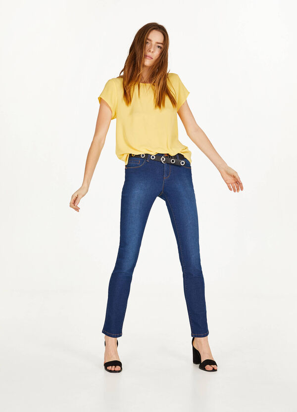 Solid colour regular-fit stretch jeans