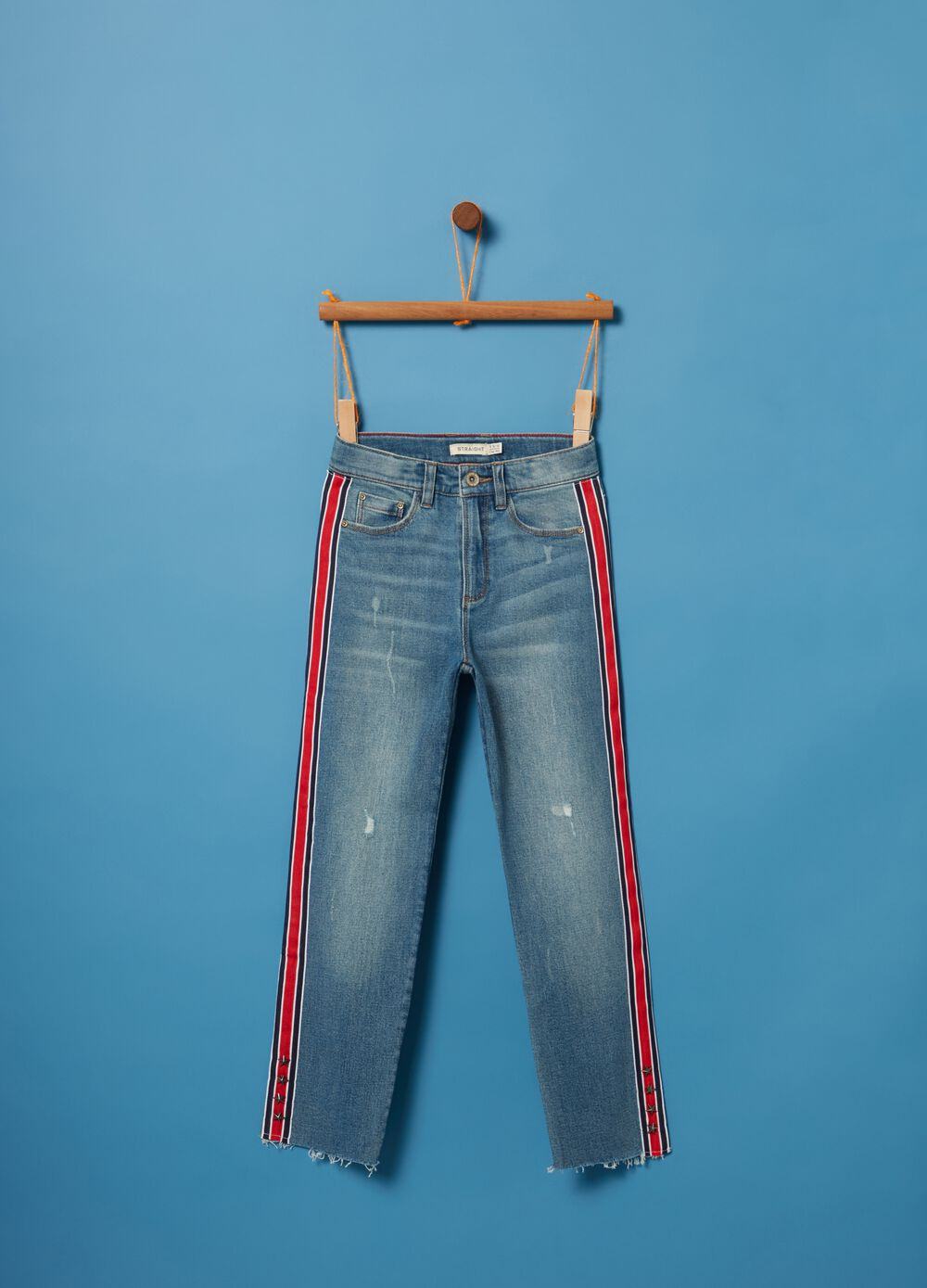 Washed-effect stretch jeans with small studs