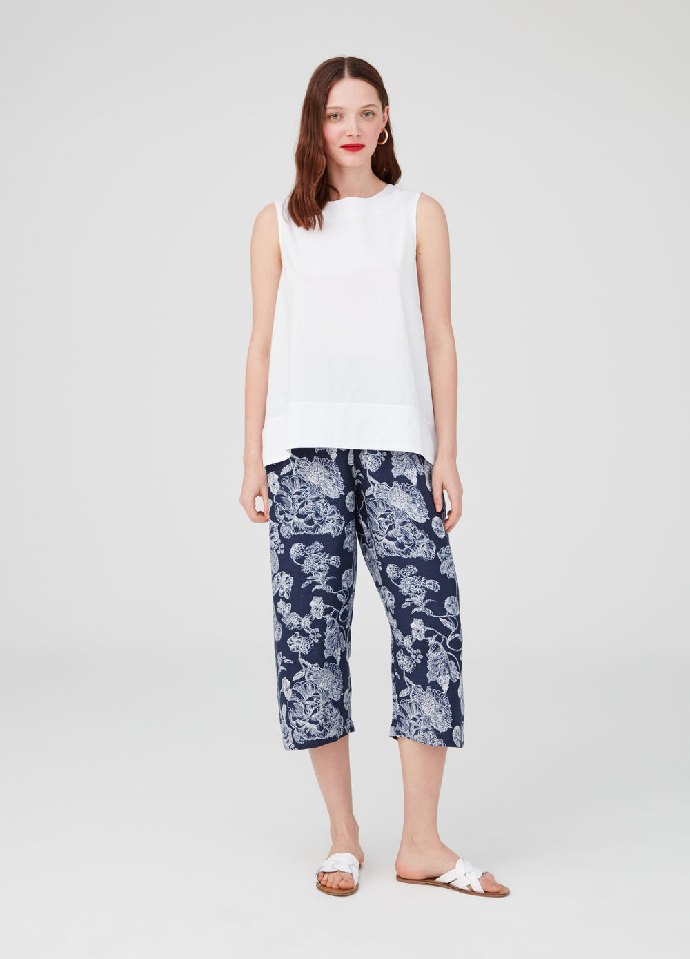 Culotte trousers with elastic waistband and pattern