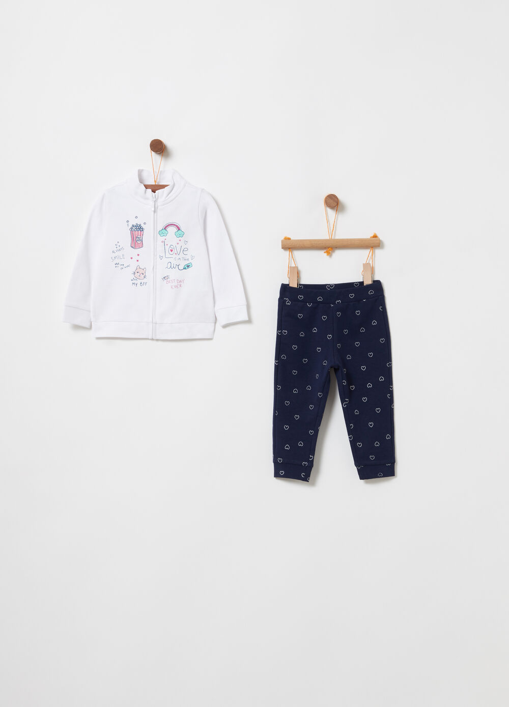 Jogging set with sweatshirt and trousers with hearts