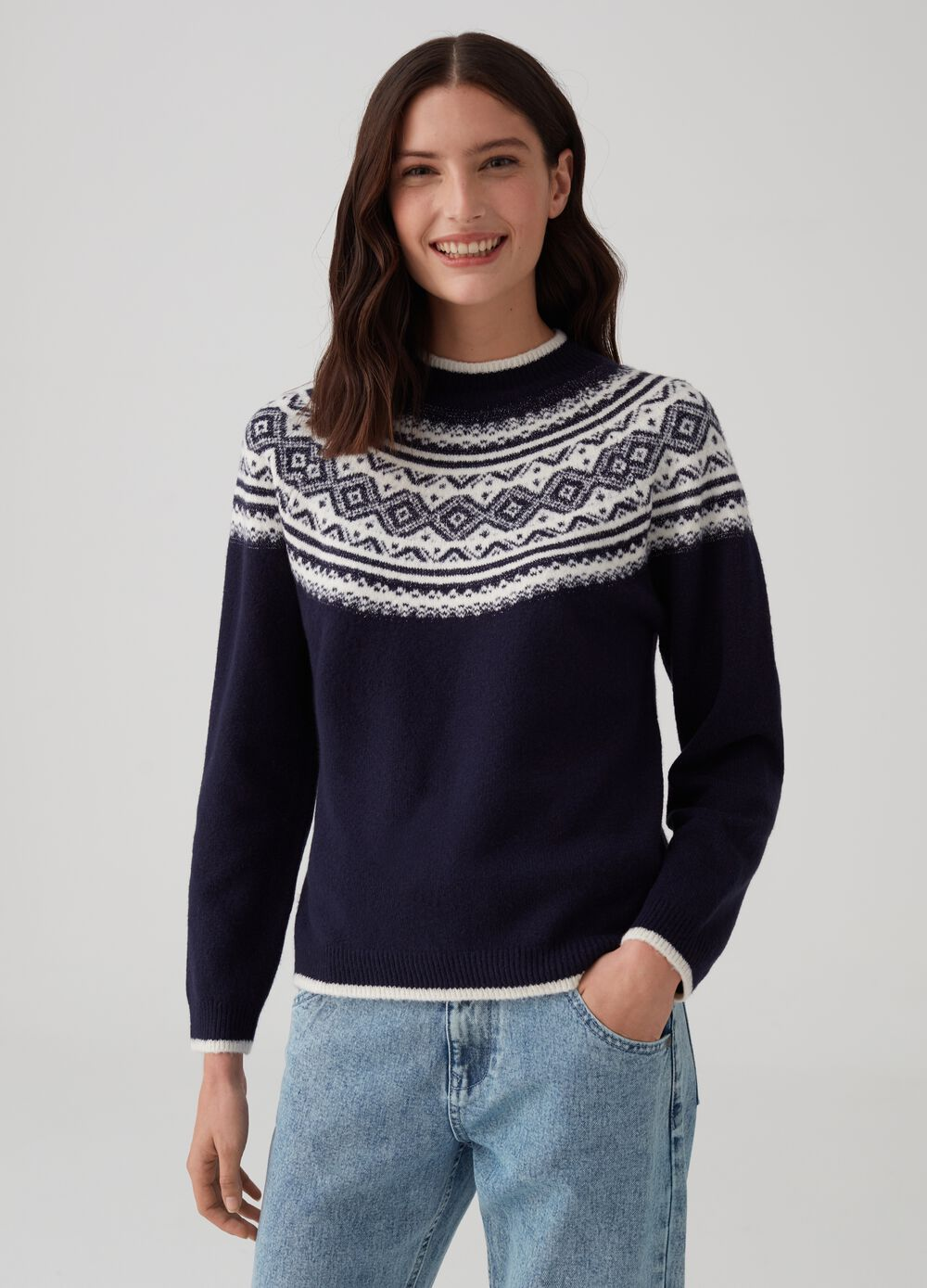 Pullover with lurex jacquard and embroidery