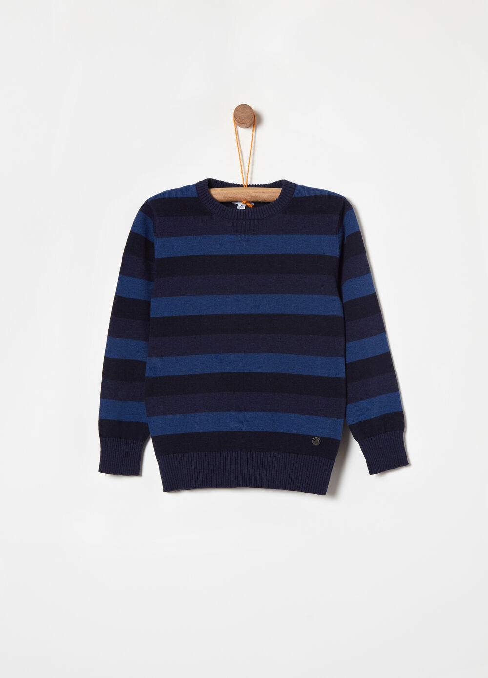 100% cotton pullover with jacquard stripe
