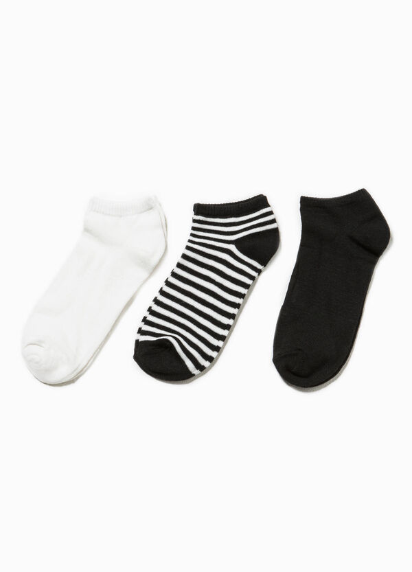 Three-pair pack short solid colour and striped socks   OVS