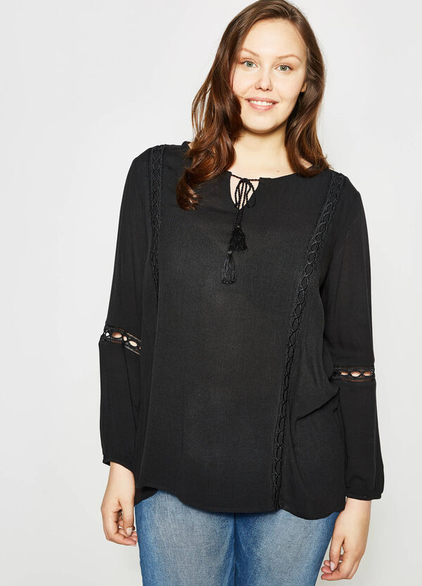 Curvy blouse with openwork inserts   OVS