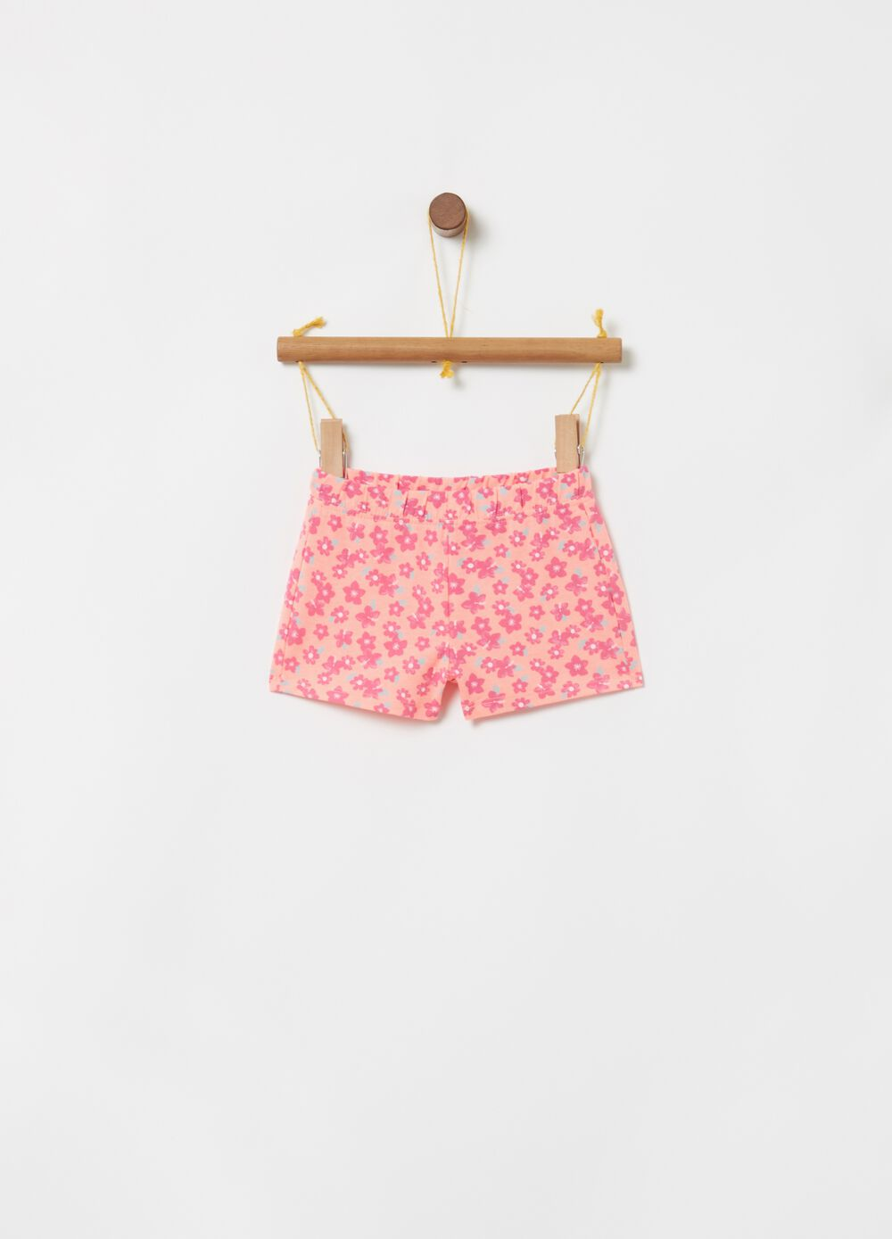 Shorts with floral print and elasticated waistband