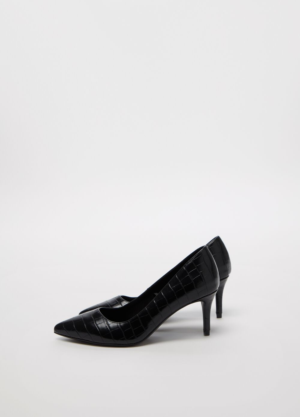 Crocodile-effect pointed court shoe