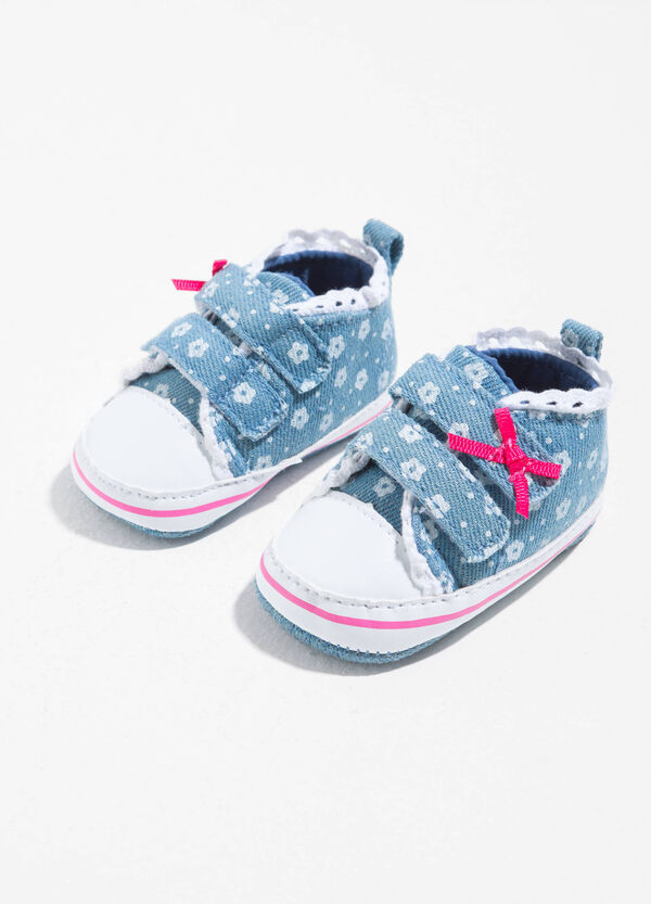 Sneakers with floral pattern and bow | OVS